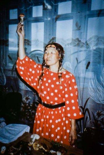 Siberian-Mushroom-Shamans-Santa-Claus_Magazine