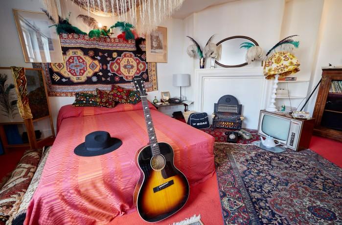 Hendrix_Flat Credit Michael Bowles-Handel & Hendrix in London